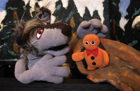 Wolf and gingerbread man puppets