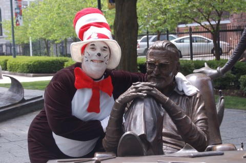 Cat in the Hat with Dr. Seuss sculpture