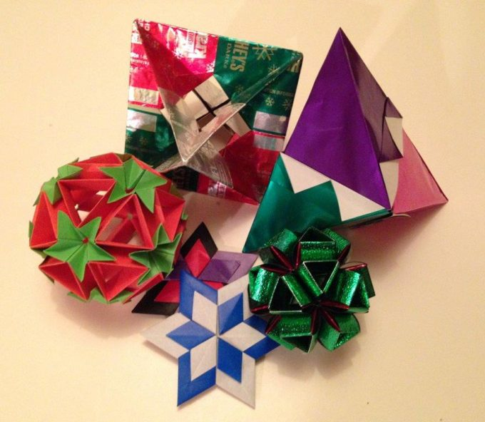 Origami Christmas Decorations: Origami Holiday Ornaments