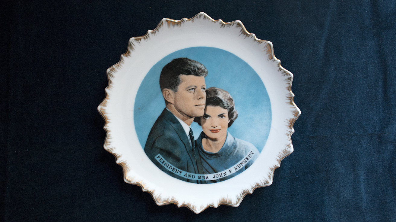 Collecting Camelot: The Kennedy Era And Its Collectibles