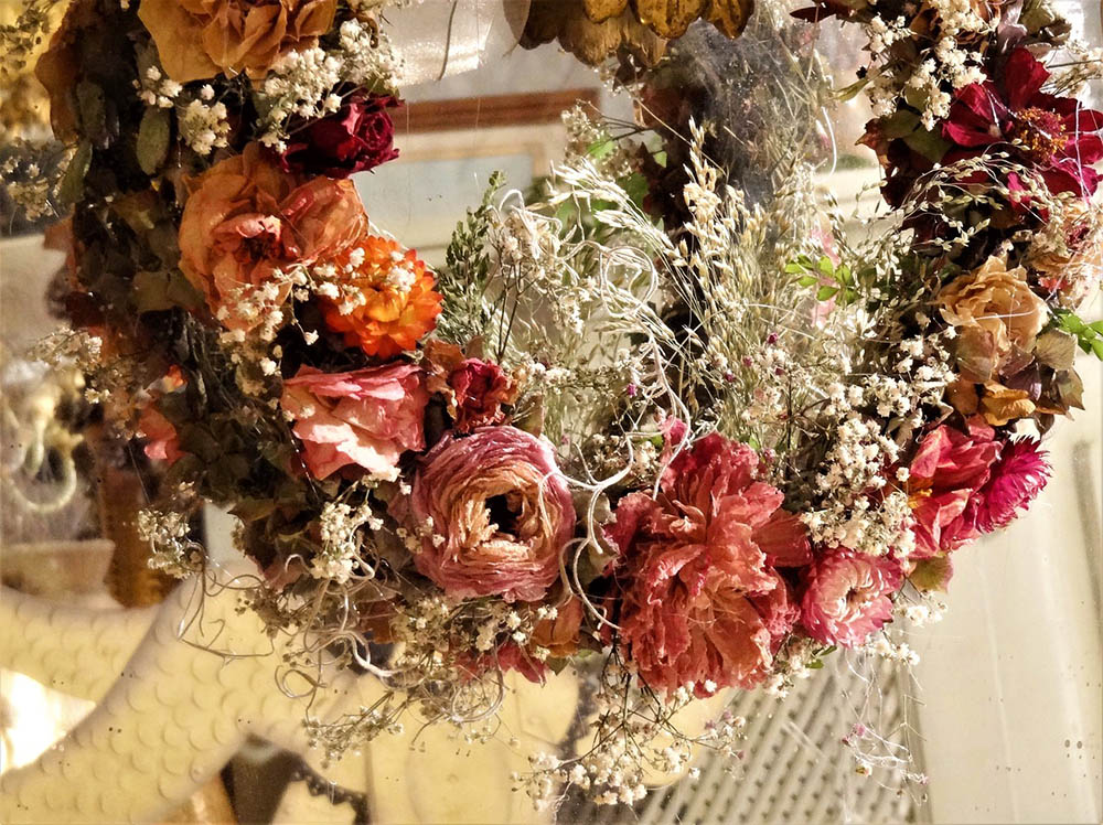Floral Design: Dried Floral Wreath
