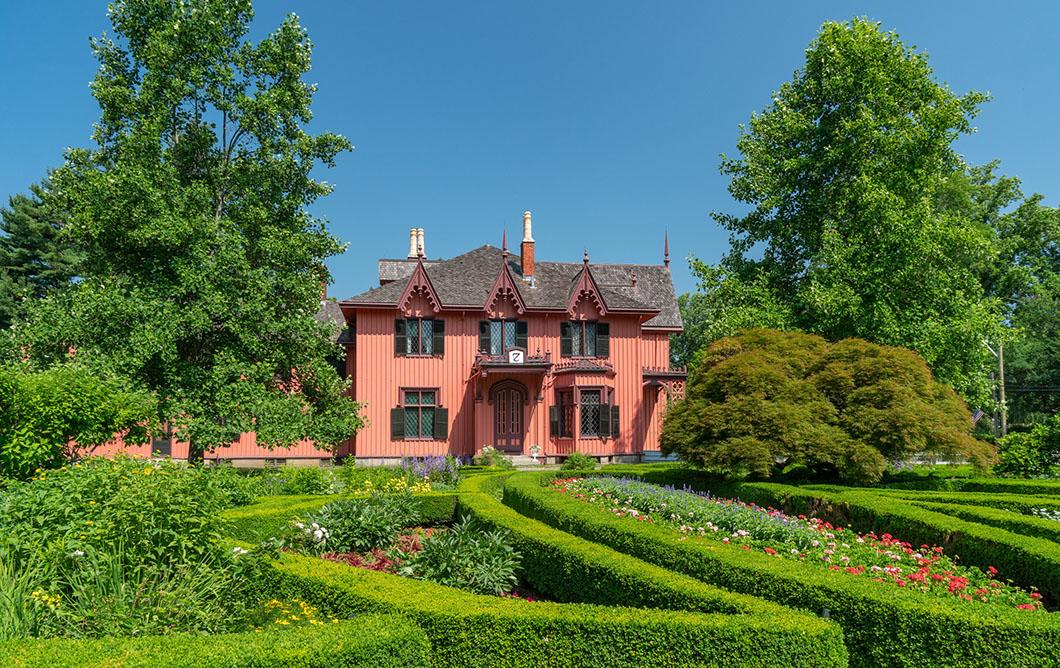 Roseland Cottage & Logee's Garden & Greenhouse