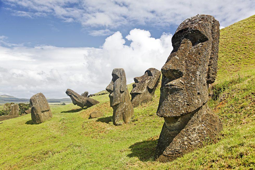 Maoi Statues